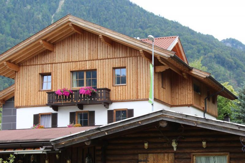 Aufstockung Von Hausern Offlineshop Zimmerei Tirol Zimmerei